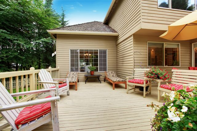 Deck-Construction-Seattle-WA