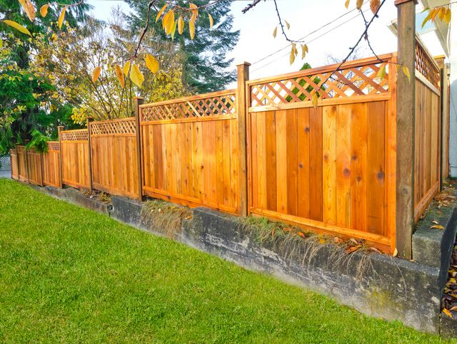 Wood-Fencing-Seattle-WA